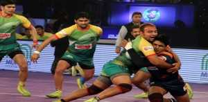 Patna Pirates beat Bengal Warriors to maintain unbeaten record