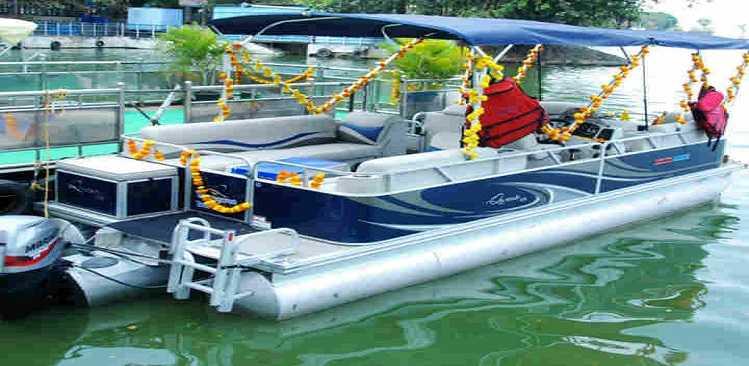 "Telangana Brand Ambassador ""Sania Mirza"" inaugurates Telangana Tourism as Luxury Yacht Rides at Hussain Sagar"